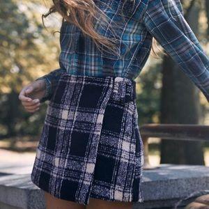 NWT UO clara cozy plaid wrap skirt,sz M